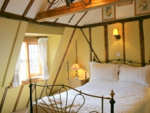 Gleaners Cottage Double Bedroom with Vaulted Ceiling